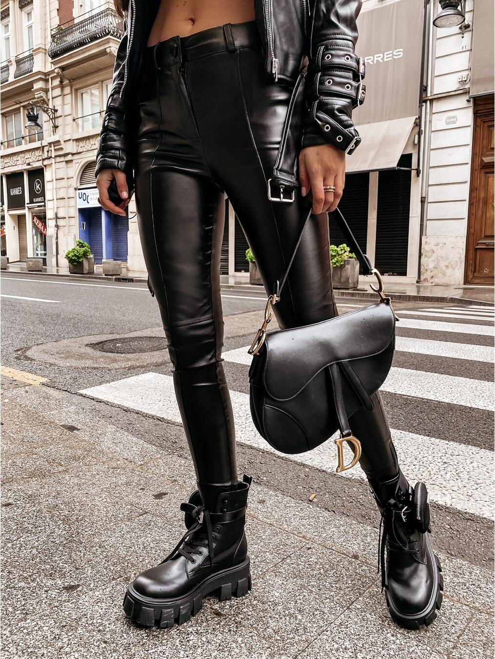Spodnie Elliott woskowane black