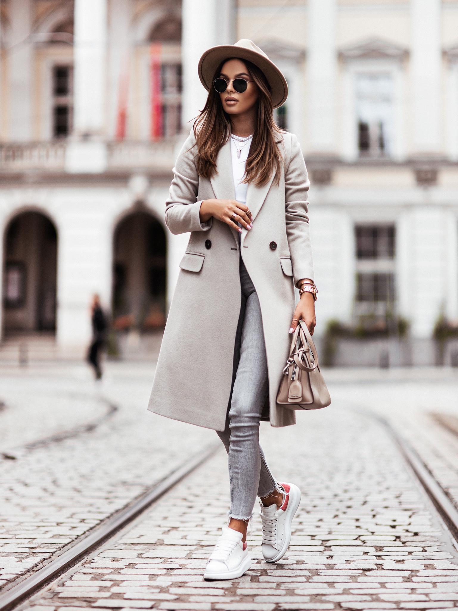 Płaszcz Corrido by Varlesca light grey